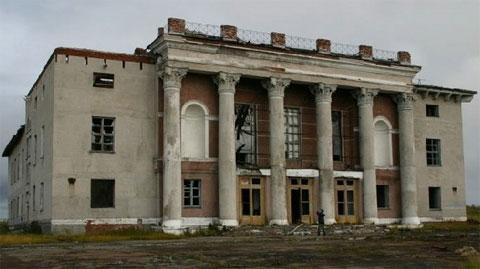 promyshlennyi-abandoned-city