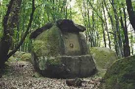 tuapse dolmen 2