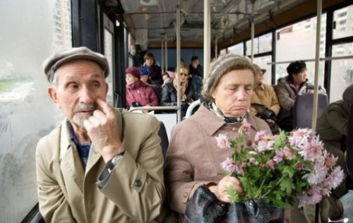 12.-Don't-overlook-the-elderly-on-public-transportation-500x316