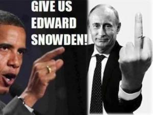 aa-Edward-Snowden-putin-giving-finger-to-obama1-300x225
