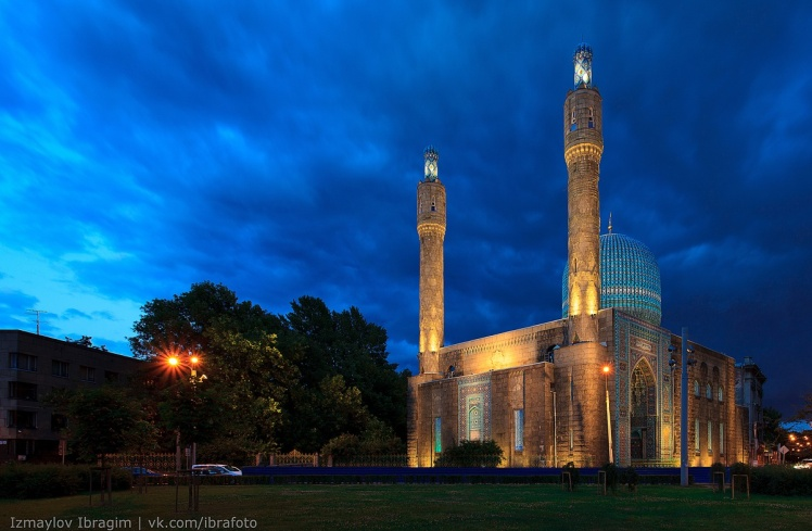 great-mosque-saint-petersburg-russia-1