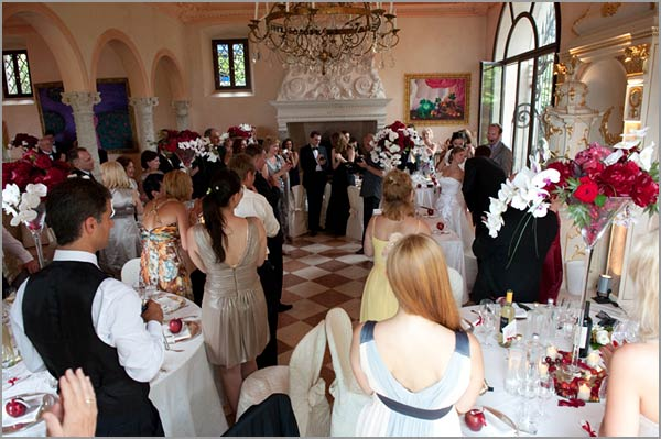 wedding-reception-to-Desenzano-villa-lake-Garda