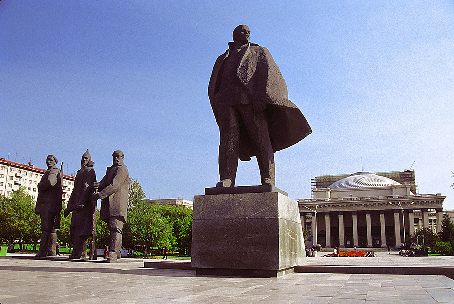 Top 10 Statues of Russia (and former USSR) – Life in Russia