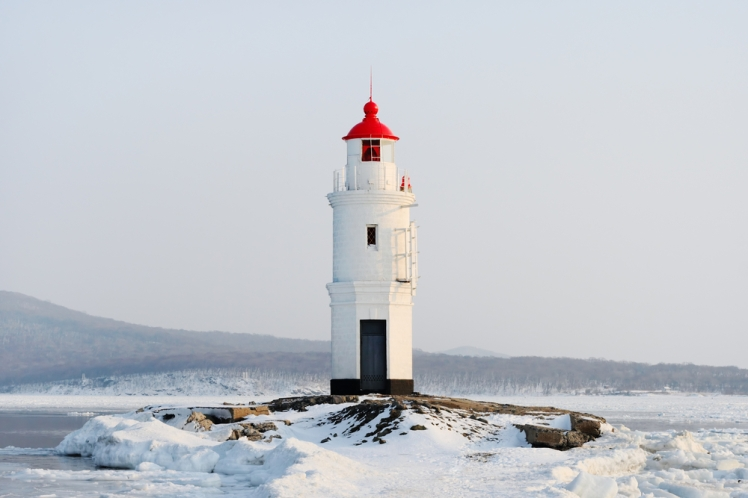 vladivostok-lighthouse