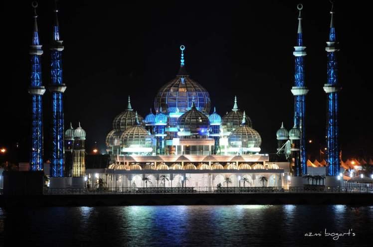cyristal-mosque-in-kuala-terengganu-malaysia-night