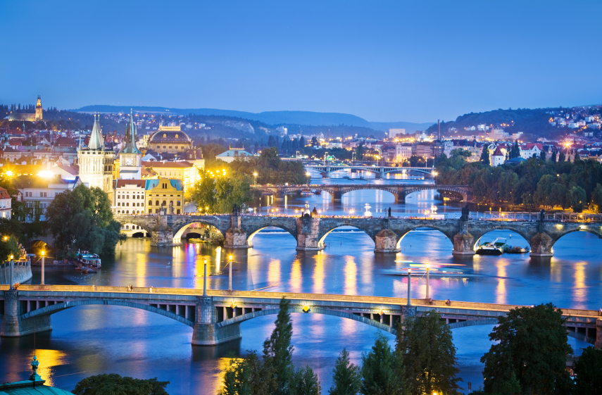 10 Dazzling Photos That Are Proof <b>Prague</b> Is Europe'-s Prettiest ...