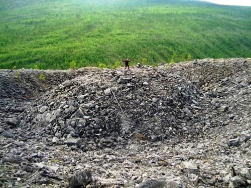 Patomskiy-crater1-500x375