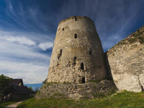 walter-bibikow-ruins-stary-izborsk-pskovskaya-oblast-russia