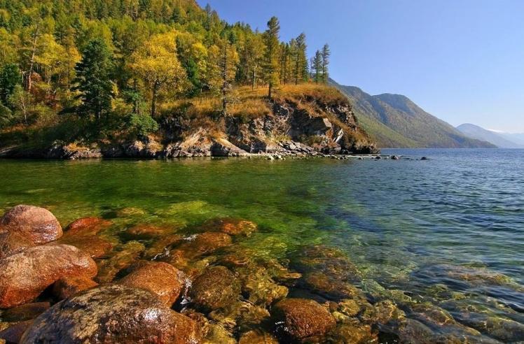 Teletskoye-lake-Altai