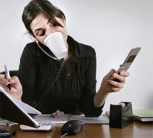 aa-multitasking-woman