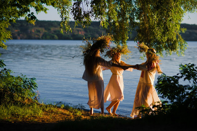 kupala_girls