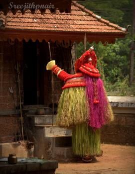 Theyyam15_rs
