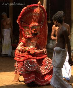 Theyyam6_rs