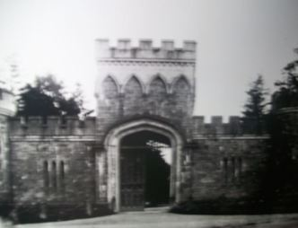 15 Moore Abbey Entrance