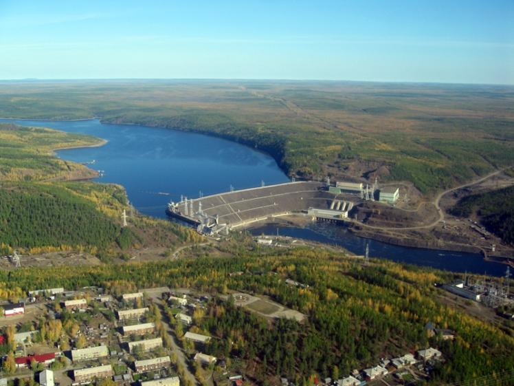 Vilyuy_River_Dam_Chernyshevsky