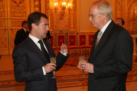 Ambassador_John_Beyrle_with_President_Medvedev