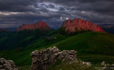 thachi-and-acheshboki-mountains-russia-13-small